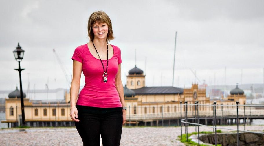 BRA PÅ EN DAG. Cecilia Hedkvist har haft problem med magen så länge hon kan minnas. Efter en tidningsartikel om LCHF häromåret bestämde sig Cecilia Hedkvist för att testa det - och redan efter en dag mådde hon bättre.
