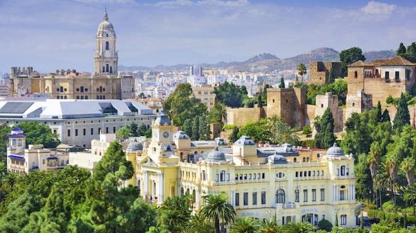 Malaga är varmt året om, och passar för besök även på vintern.