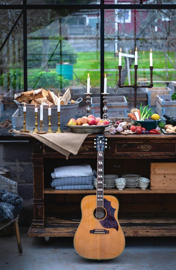 """""""Om vädret tillåter äter vi i vårt växthus eller på altanen"""", säger artisten."""