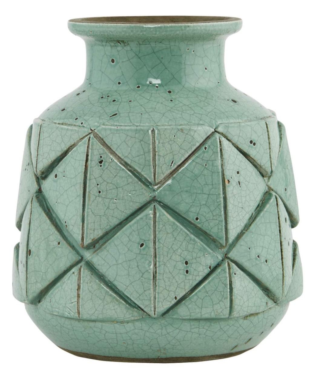 50-talsstil. Grön keramikvas från House doctor, 18 centimeter i diameter, 20 centimeter hög, 349 kronor, Milq.se.