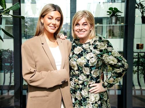 Bianca med mamma Pernilla Wahlgren.