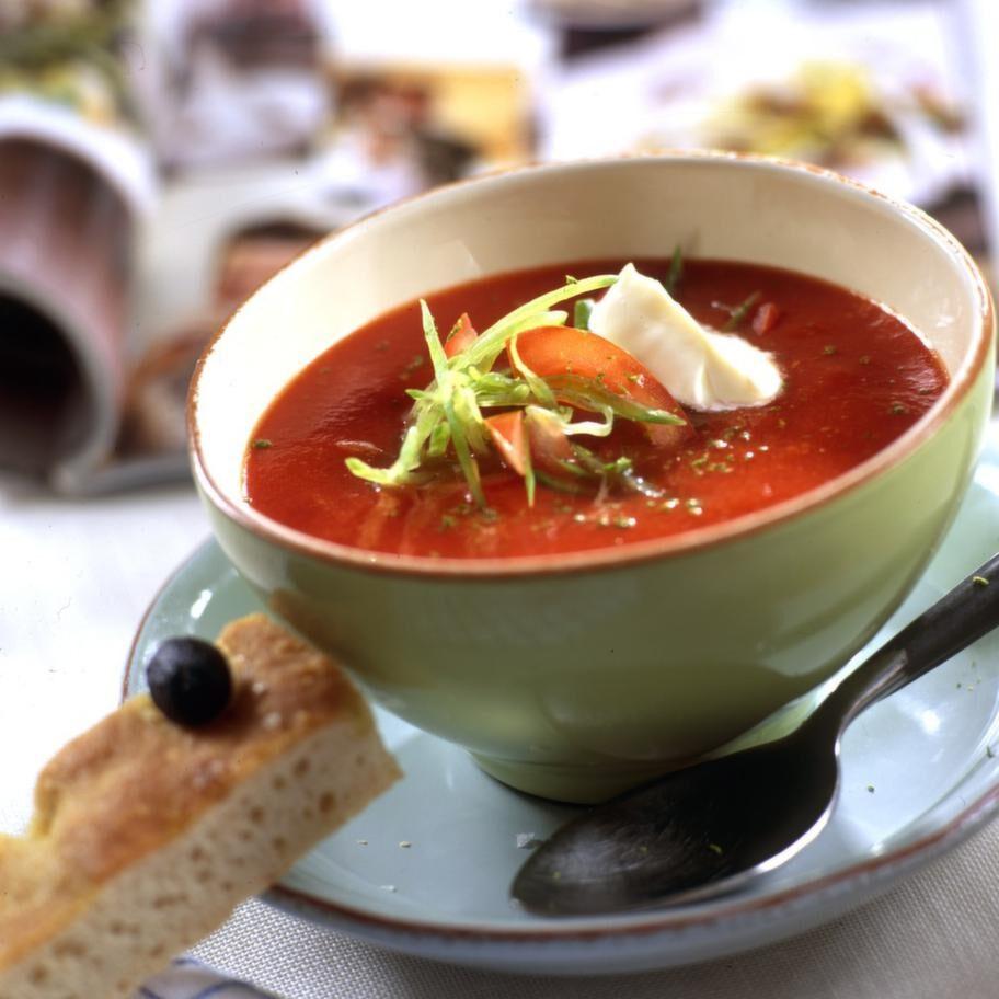 Tomat<br>Serveringstips: Servera dem i en sallad, gör en tomatsoppa eller en gryta med mycket tomat i.