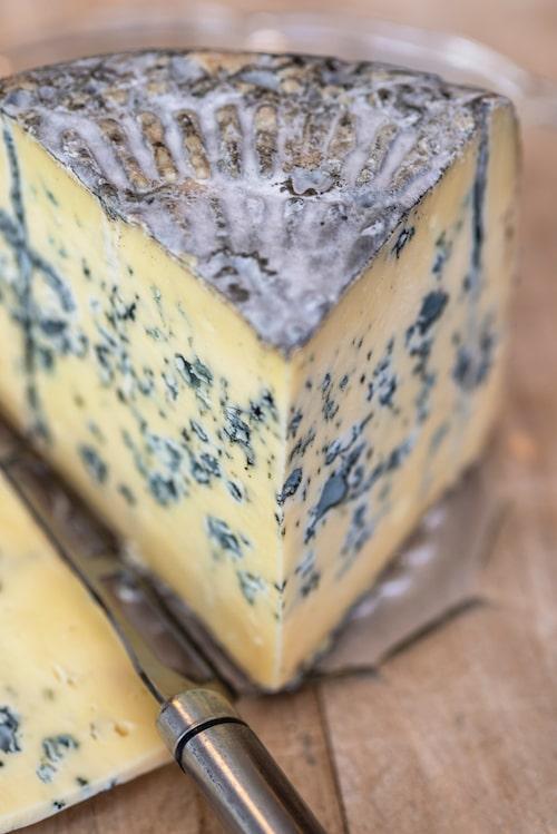 Sörmlands Ädel från Jürss ostmejeri.