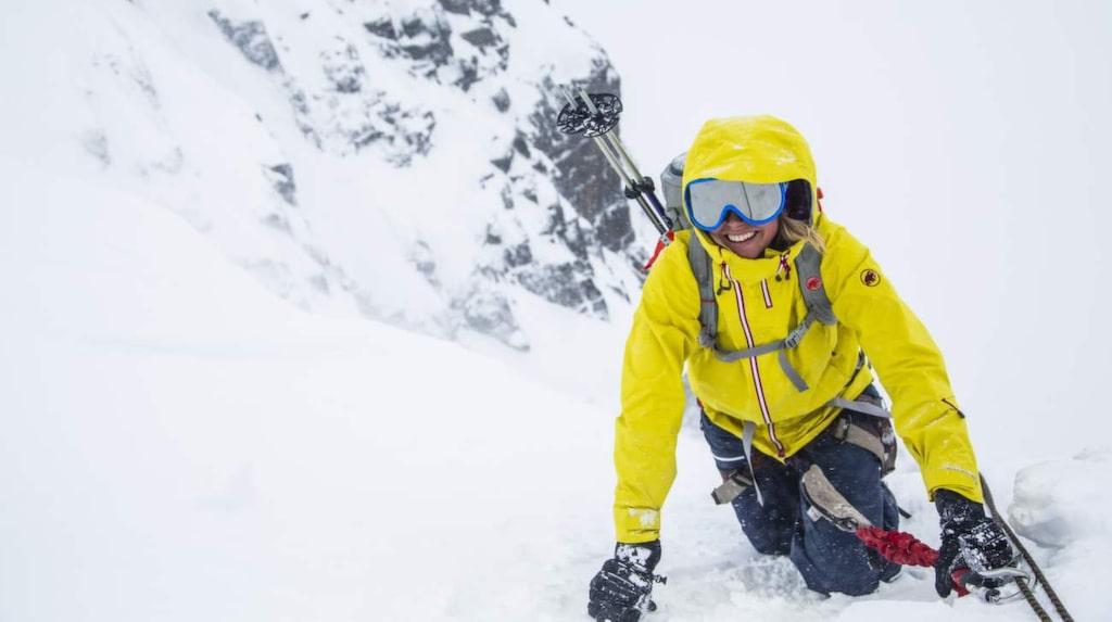 Efter sista klättringen är det stopp för alla. Första försöket att nå toppen måste avbrytas då det blåser för mycket.