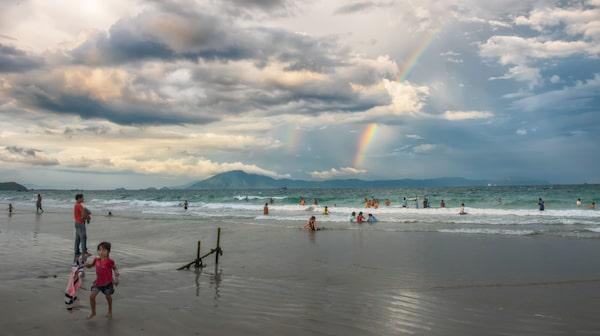 Long Beach på Phu Quocs östra sida, vars norra ände snuddar vid Duong Dong, är den självklara platsen att ha som bas för sin semester.