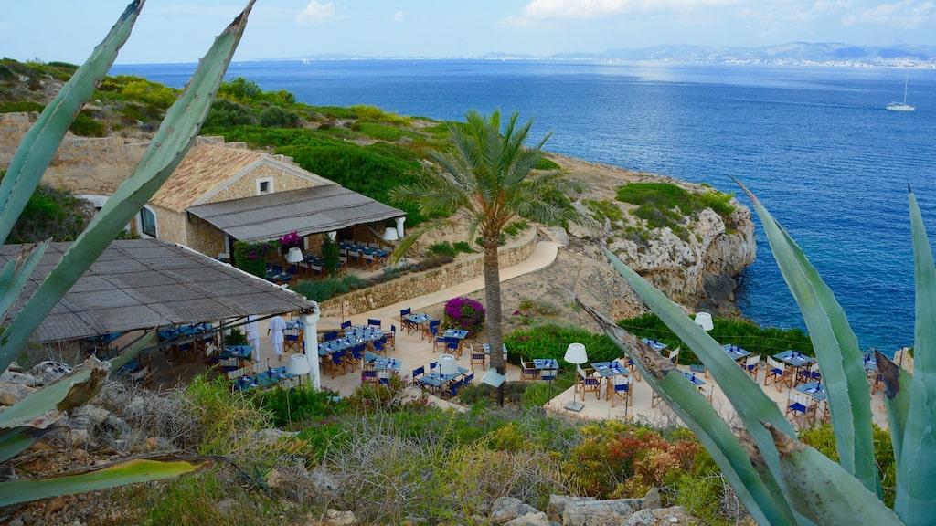 På The Sea Club kan du äta specialiteter från Medelhavet utan att bo på hotellet.