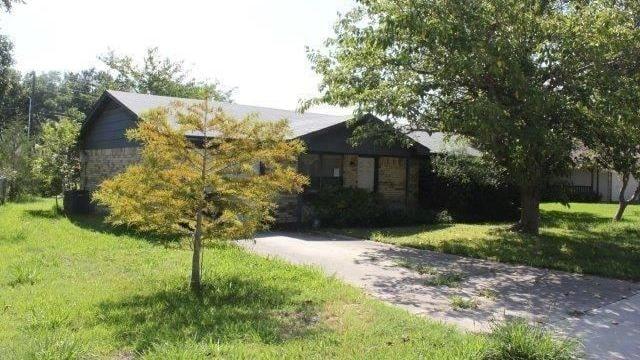 Texashuset har gått om flera maffiga och ovanliga lyxhus på topplistan över de mest klickade hos mäklaren.