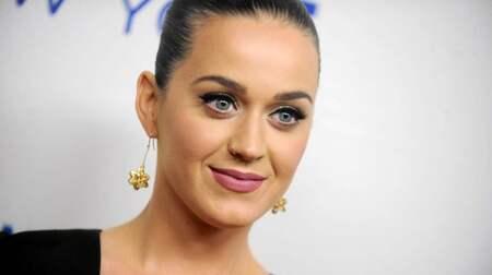 Katy Perry som hon dejtar 2014 23 år gammal dating 16 år gammal UK