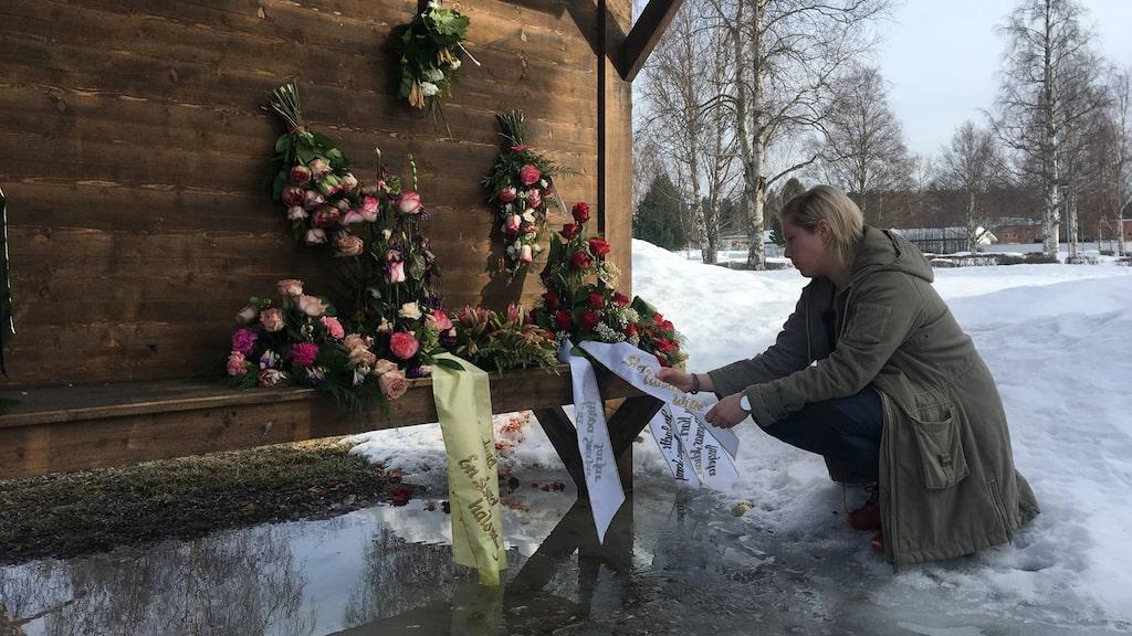 Hanna Åkermark fick ta strid mot sjukvården flera gånger. Till sist gick pappa Kjell bort i cancer.