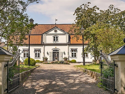 Hessle Gård ligger strax utanför Enköping och har anor från 1700-talet.