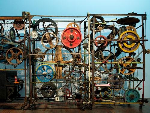 Tinguelymuseet. Med sina mobila konstverk i järn sätter den excentriske konstnären Jean Tinguely lätt i gång fantasin.