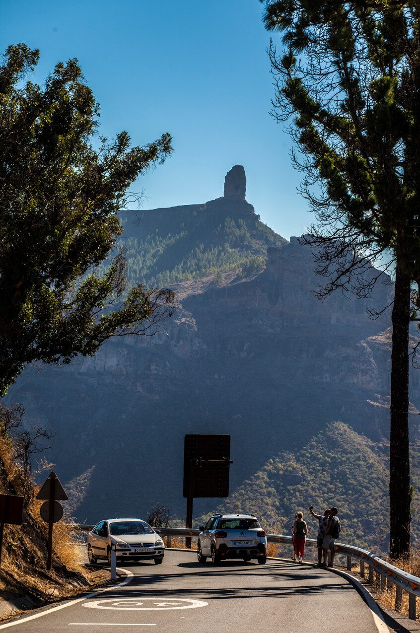 Roque Nublo, Gran Canarias mest spektakulära bergstopp, syns redan på långt håll.
