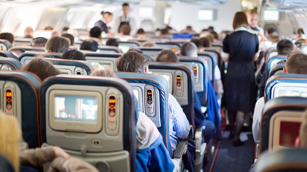 """Om en passagerare larmar om något angående flygplanet tas detta på största allvar, skriver Simon J Marton i sin bok """"Journey of a Reluctant Air Steward""""."""