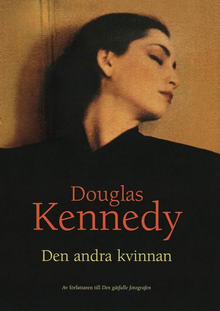 Den andra kvinnan av Douglas Kennedy, Bokförlaget Forum AB<br>En historia att försvinna in i och uppslukas av. Handlingen startar i efterkrigstiden, sveper över ett halvt sekel och är ett passionerat kärleksdrama som utspelar sig mot den bakgrund som är 1900-talets senare del. Läs och du glömmer allt annat en stund - en lång stund!