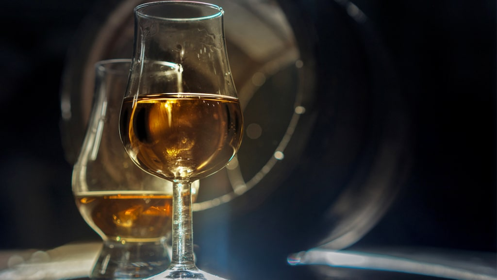 Ett tulpanformat glas av den här typen är att rekommendera om du gillar fin whisky.