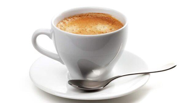 Koffein frigör inte bara fett från fettcellerna. Det hjälper även dig att bli fri från sötsug.