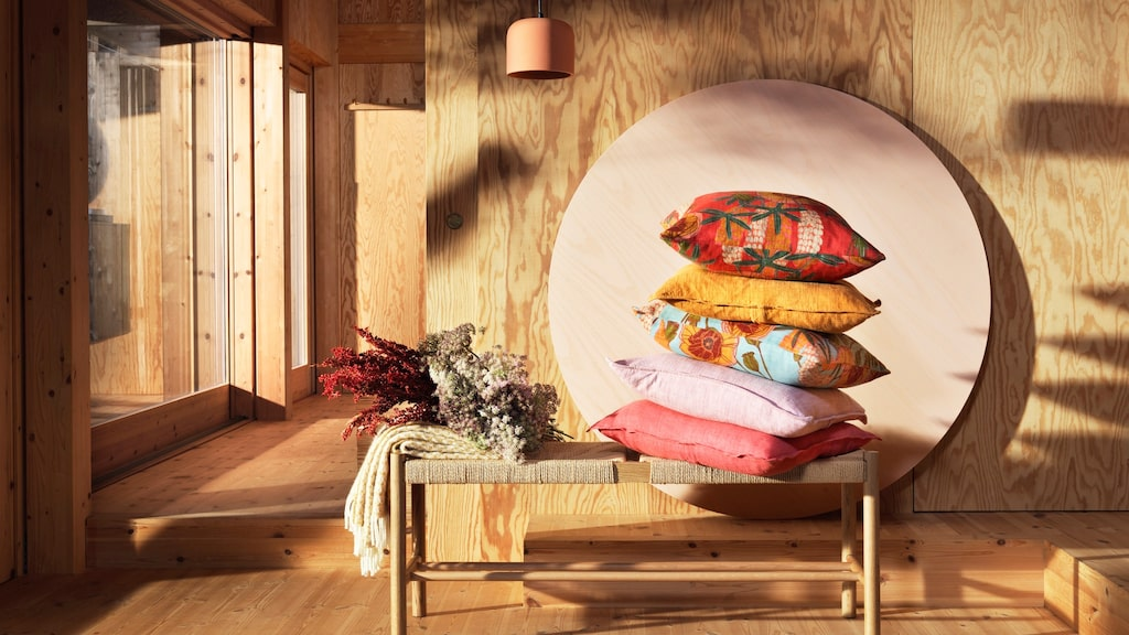 Ljusa trärena ytor är hetare än på länge och syns på allt från möbler till köksluckor.