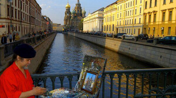 Städer fyllda av kultur ses bäst med en guide.