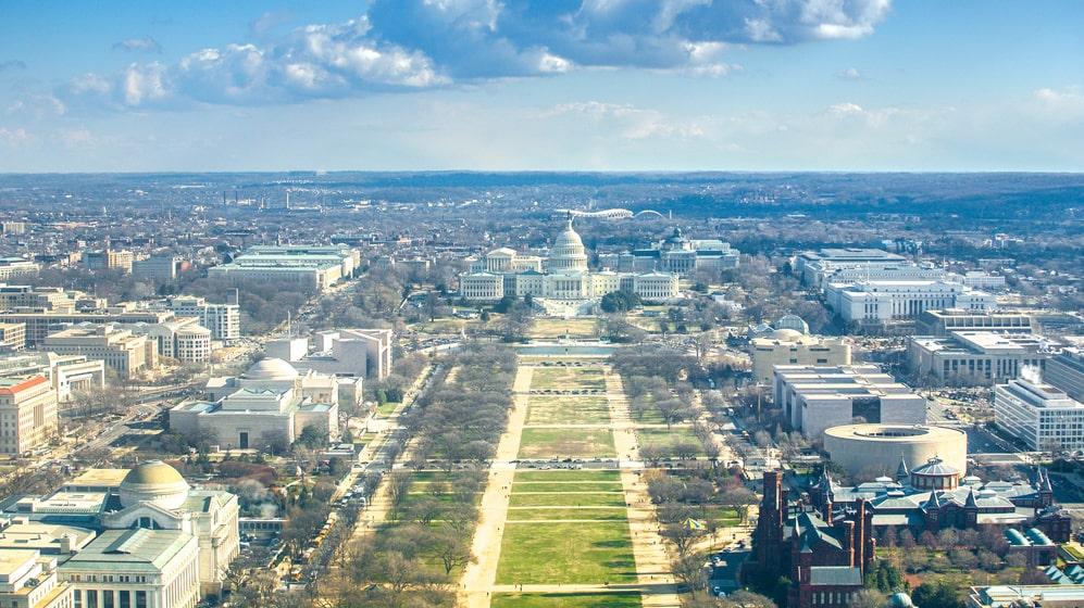 I Washington DC firar man kvinnors rösträtt sort nästa år.