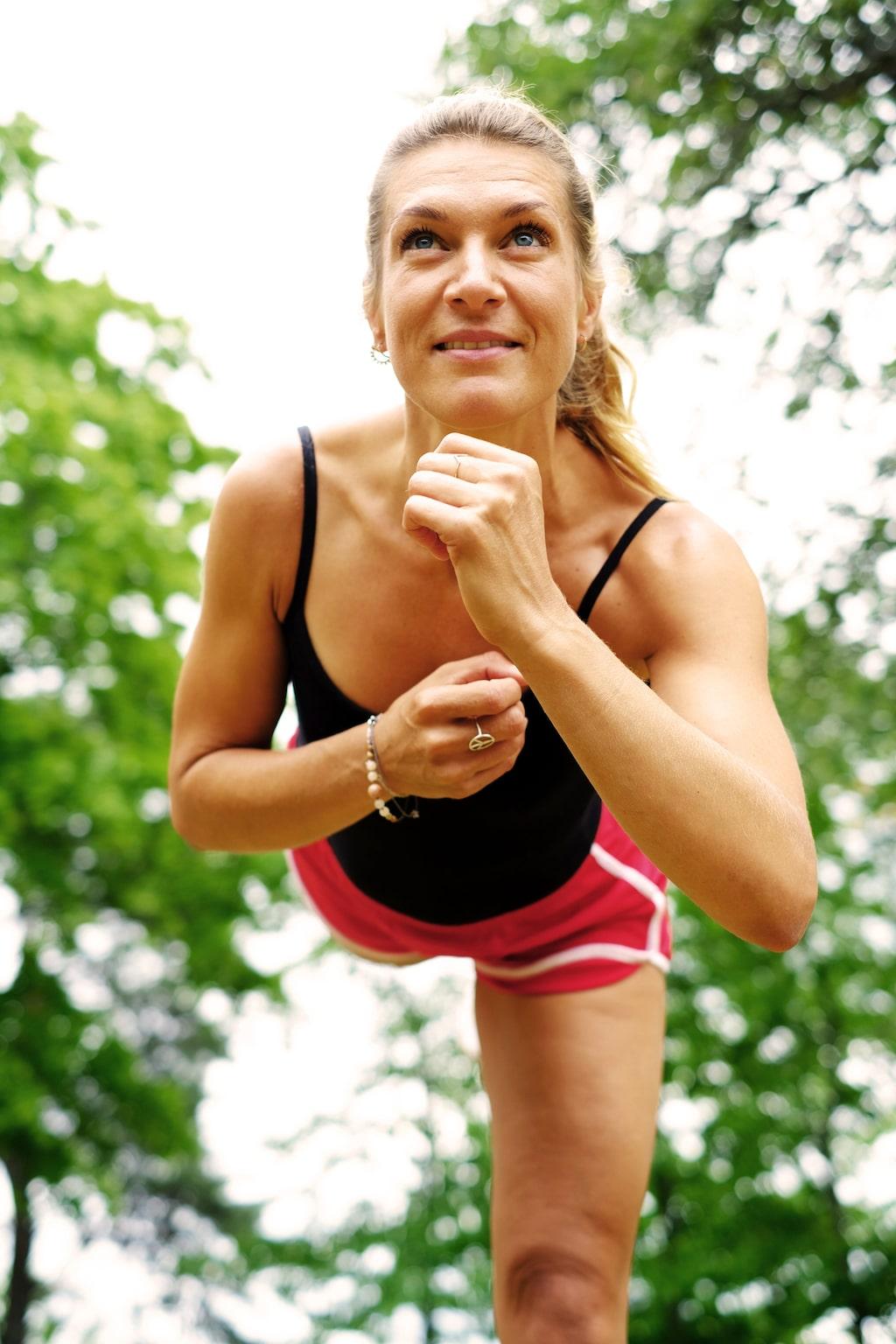 Hälsolivs Erika Kits Gölevik guidar dig genom fyra veckors semesterträning.