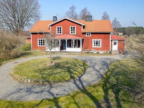 Lantlig prästgård utanför Sävsjö.