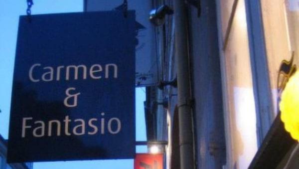 Shoppa second hand på Carmen & Fantasio