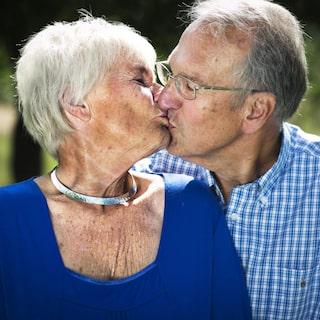 Hur länge dating innan de levde tillsammans skådespelare dating hans barnbarn