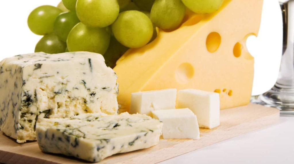<p>Att njuta av en ostbricka ikväll kommer att göra dig gott.</p>