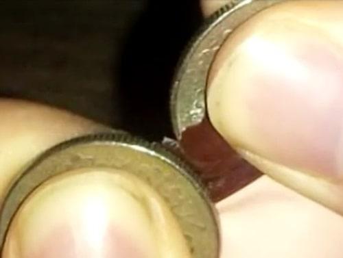 Testa två mynt på vardera sida.