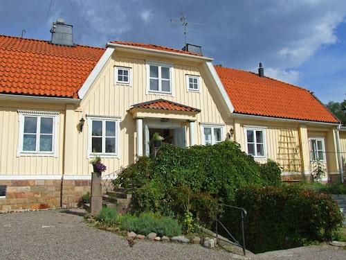 Lidö Värdshus ligger i norra skärgården.