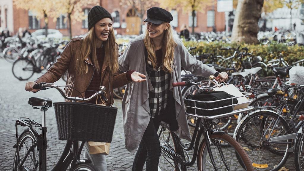 Tog du bussen, bilen eller tunnelbanan till jobbet idag? Då är det hög tid att damma av cykeln.