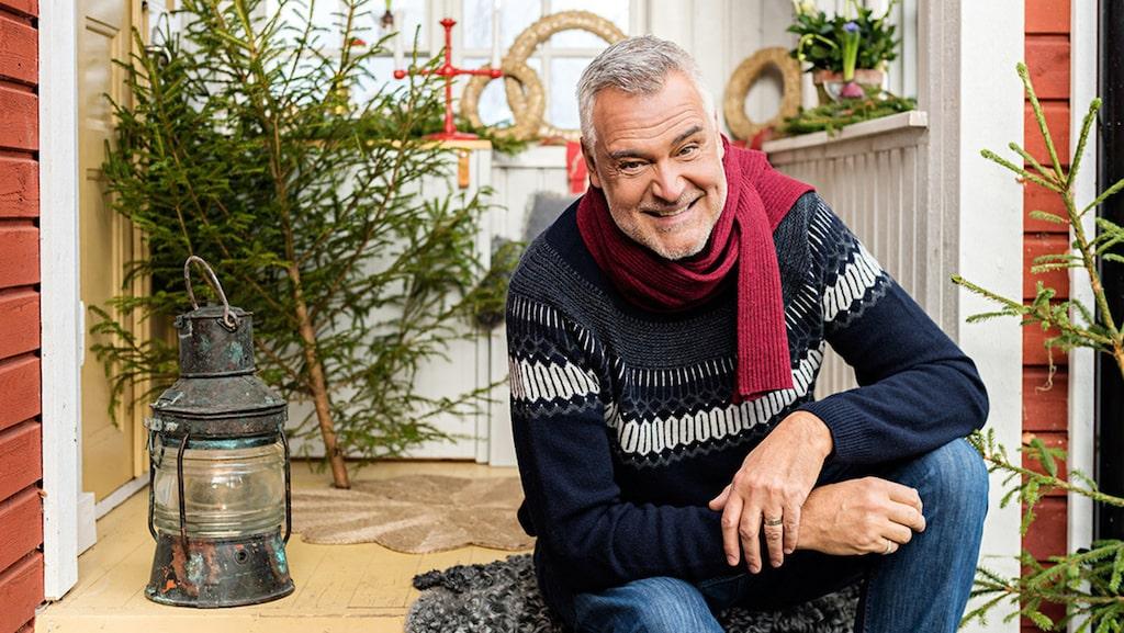 """""""Man känner sig nästan som Kalle Anka ibland. Jag tycker det är kul att vara en del av den svenska julen."""""""