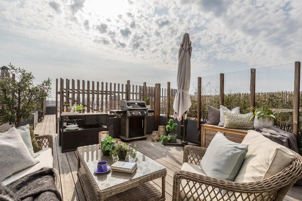 Ettan har en privat terrass på 19 kvadratmeter.