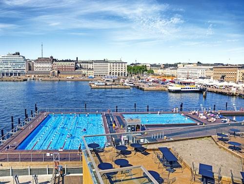 Besök Allas Sea Pool i centrala Helsingfors.