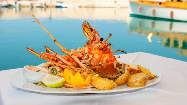 Nut av den goda maten på Kreta.