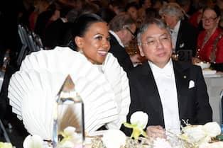 707e785794ce Kulturministern tillsammans med 2017 års Nobelpristagare i litteratur år  Kazuo Ishiguro. Foto: KARIN TÖRNBLOM / IBL BILDBYRÅ / IBL BILDBYRÅ / IBLAB