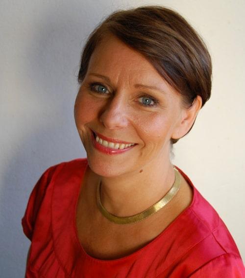 Om det inte finns någon chans att nå varandra, så får man satsa på att läka sig själv, menar Jenny Klefbom, som är psykolog.