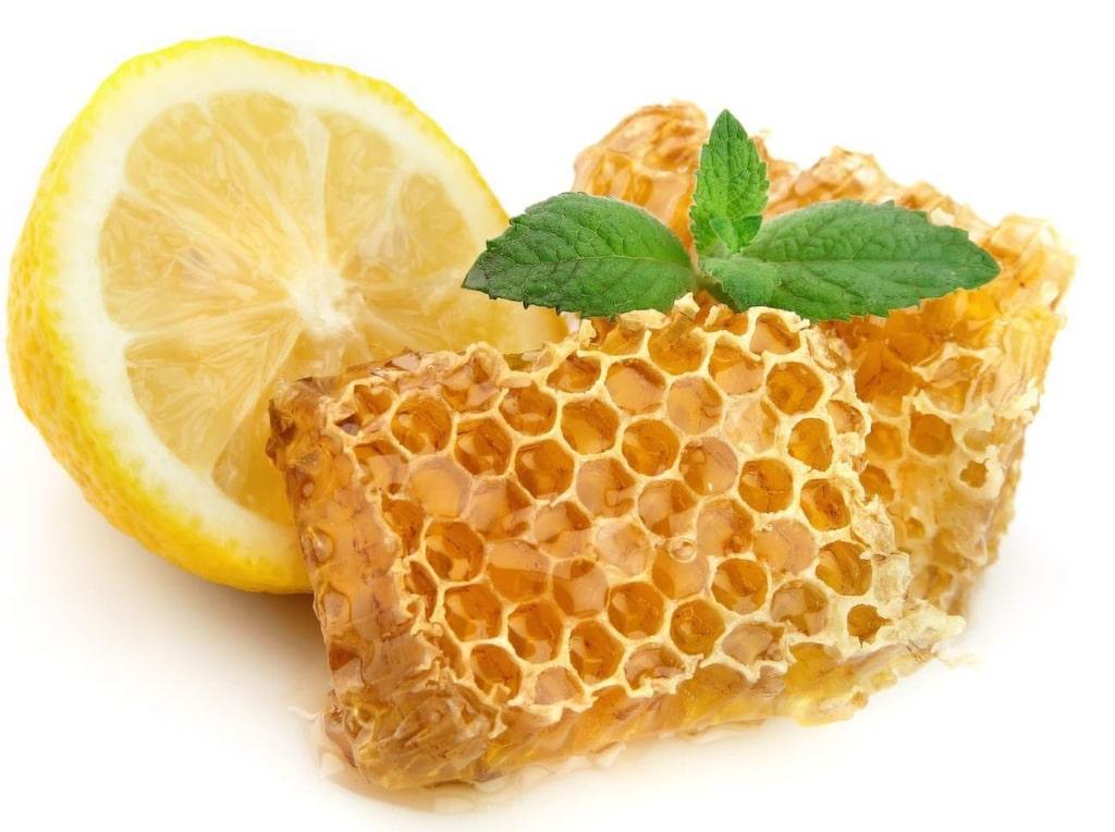 Citron- och honungsfix. En snabbmetod som stramar upp och återfuktar hyn