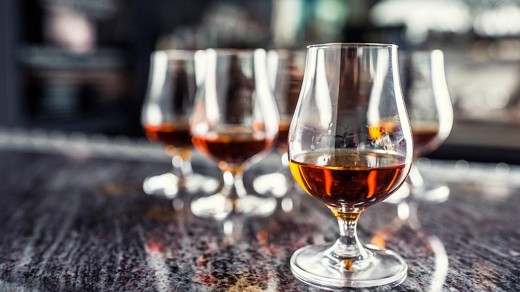 Japansk whisky är på frammarsch på den internationella spritscenen men utbudet på Systembolaget är skralt.