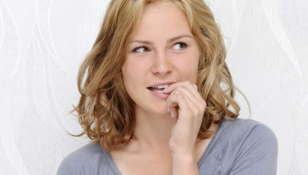 """<p>Biter du på naglarna? Det <a href=""""http://www.expressen.se/halsoliv/sa-farligt-lever-du-om-du-ar-en-nagelbitare/""""><strong>HÄR</strong></a> kan nog få dig att sluta.</p>"""