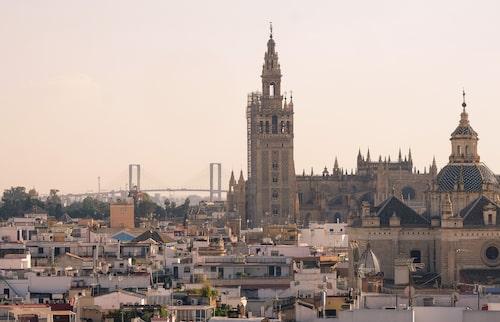 La Giralda är Sevillas odiskutabla landmärke.
