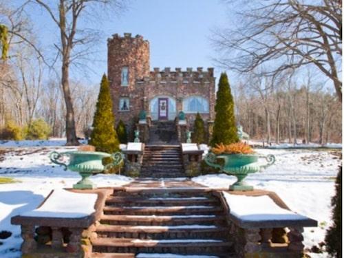 Här har du Ellington-familjens slott från 1917.