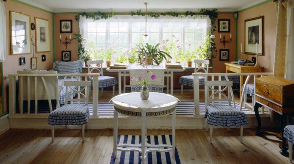 Carl Larssons hem i Sundborn lockar många turister.