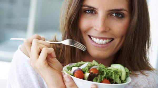 Ta det lugnt när du äter.