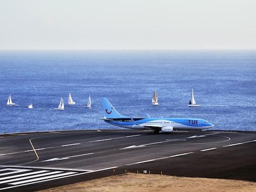 Landningsbanan på Madeiras flygplats har förlängts flera gånger, men anses fortfarande vara svår att landa på.