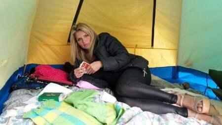 Ex frun till Salvatore Schillaci bor i tält utanför villa