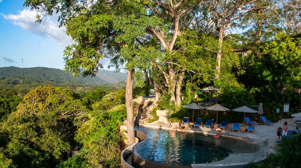 Den som letar efter ett lyxigt men ändå miljöstämplat ställe att njuta tillsammans med sina nära och kära är Lagarta Lodge en härlig plats.